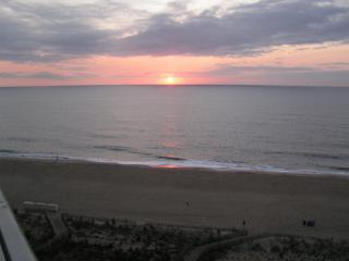 Beautiful Oceanfront Condo - Ocean City Area vacation rentals