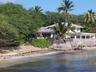 HAWAII BEACHFRONT VILLA