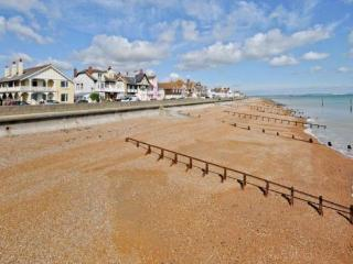 Luxury Apartment in period seafront property. - Margate vacation rentals