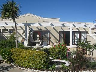 Kaya La Provence, selfcatering unit and b&b suites - Constantia vacation rentals