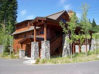 Lonetree 15 - 4 Bedroom, 4 Bath Chalet. Sleeps 10. WIFI. - Tamarack Resort vacation rentals