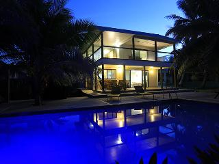 AVARO HOUSE - Beachside & Swimming Pool - Southern Cook Islands vacation rentals