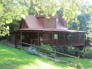 FREE Night at Hunker Down - Pigeon Forge vacation rentals