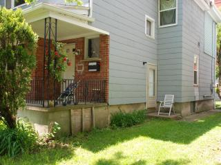 Niagara Happy Home: 3 minutes from American Falls - Niagara Falls vacation rentals
