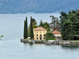 Luxury Villa on Lake Como with Pool near Bellagio  - Villa Lecco - Bellagio vacation rentals