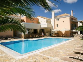 Harmony Apartments Maisonette KYVELI  2-5 persons - Kato Achaia vacation rentals