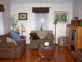 CYCLER'S REST-Leiper's Fork - Franklin -Nashville - Tennessee vacation rentals