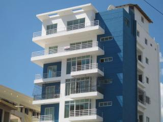New 7th floor apt in prestigous Bella Vista area - Santo Domingo Province vacation rentals