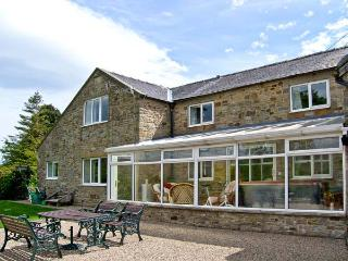 1 WHITFIELD BROW, pet friendly, country holiday cottage, with hot tub in Frosterley, Ref 8149 - County Durham vacation rentals
