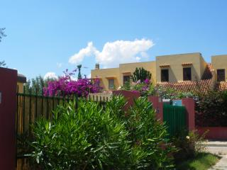Strelitzia Holiday House - Quartu Sant'Elena - Torre delle Stelle vacation rentals