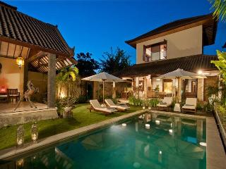 Seminyak Villa Tranquilo 3 bedrooms - Seminyak vacation rentals