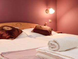 Mystic Bedroom - Green Dream Island Deco Apartment - Budapest - rentals