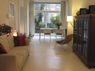 Rotterdam Apartment - Leiden vacation rentals