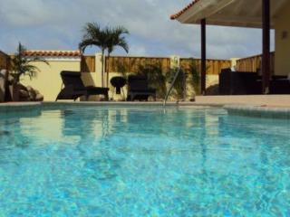 Casa Dito - Oranjestad vacation rentals