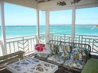 Coconut Cove - Beachfront Cottage - Paia vacation rentals