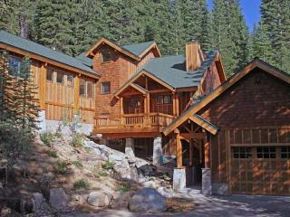 Family Home with view near Squaw Valley - Olympic Valley vacation rentals