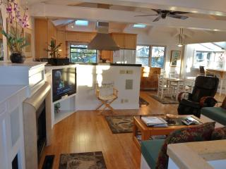 Santa Cruz Seabright Beach Home Central to All - Santa Cruz vacation rentals