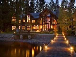 Nineteen-Seventy offers 12,000 ft² of lavish lakefront living with pier & jetted tub - Lake Tahoe vacation rentals