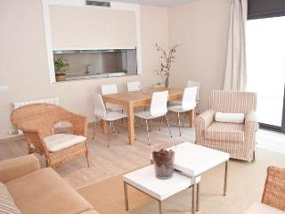 SUBUR PATIO apartment in Sitges - Castellet i la Gornal vacation rentals