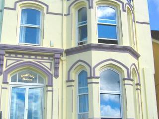 Endfield House - beautiful seaside apartment! - Castletown vacation rentals