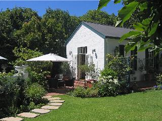 Pear Lane B&B - A Tranquil Cape Town Hideaway - Cape Town vacation rentals