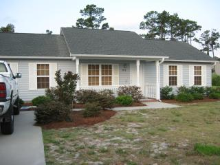 HIDING PLACE  3 bedroom home Historic Southport NC - Oak Island vacation rentals