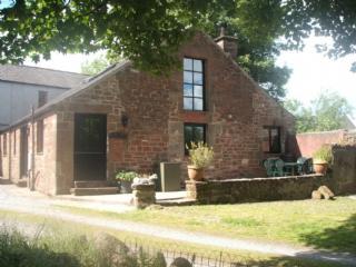 THE OLD BYRE, Sandford, Appleby, Eden Valley - Sandford vacation rentals