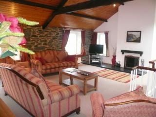 COOMBE COTTAGE, Borrowdale Valley, Nr Keswick - Newlands vacation rentals