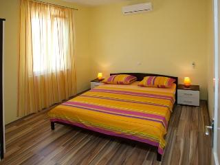 Central Old Town Apartment - Split vacation rentals