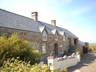 Morawel, Character Cottage, Trefin, St Davids - Trefin vacation rentals