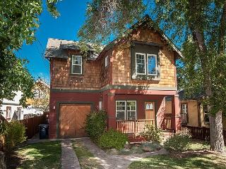 Really a great new home - two blocks from core downtown - who needs the car!! - Bend vacation rentals