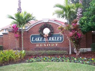 Lovely Lake Berkley Resort Villa with Free WiFi - Kissimmee vacation rentals