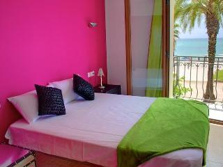 QUEEN apartment in Sitges - Sitges vacation rentals