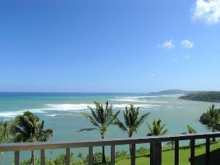 Sealodge H9: King bed, oceanfront views, only top floor condo in the building - Princeville vacation rentals