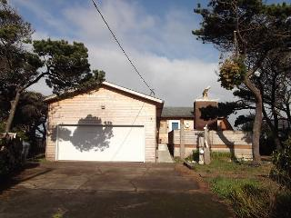 King's Cabin with unobstructed ocean views--R582 South Beach Vacation Rental - Waldport vacation rentals