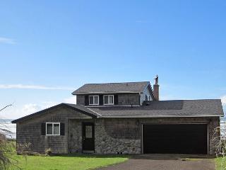 Sandpiper Cottage --R561 Waldport Oregon vacation rental - Oregon Coast vacation rentals
