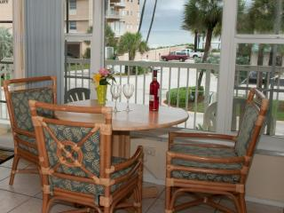 Sea Spray Inn ! The little Inn with a BIG ❤️ - Lauderdale by the Sea vacation rentals