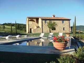 Peaceful Tuscan Countryside Rental in Siena - Monticiano vacation rentals