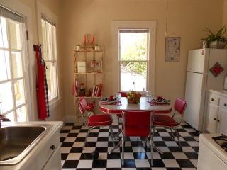 Caza de Coco -  Hubba Hubba Get Down Downtown - Santa Barbara vacation rentals