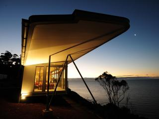 The Winged House, Luxury Accommodation,  Tasmania - Tasmania vacation rentals