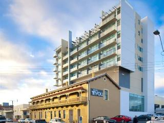 Luxurious Stay on Pirie St - Adelaide vacation rentals