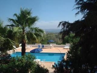 Villa Feliz One Bedroom Apartment 1A - Algarve vacation rentals