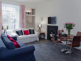 New Town Chic@Northumberland Street - Edinburgh vacation rentals