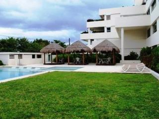 Casa Rhoda Hecka at Condo Ibis - Puerto Morelos vacation rentals