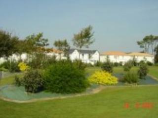 Fontenelles CCK - Domaine de Fontenelles golf course - Vendee vacation rentals