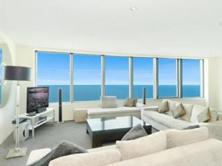 Q1 Resort 3 Bedroom Sub Penthouse Level 60's - Surfers Paradise vacation rentals