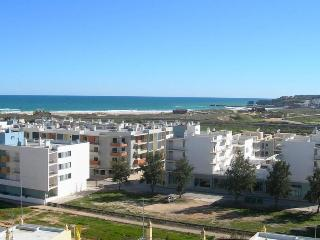 Algarve/Lagos Meia Praia Apartment - Algarve vacation rentals