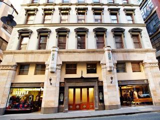 Heart of the CBD- Flinders Lane 9 - Melbourne vacation rentals
