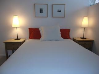 MODERN & CENTRAL - from $135/night for long stays - San Francisco vacation rentals
