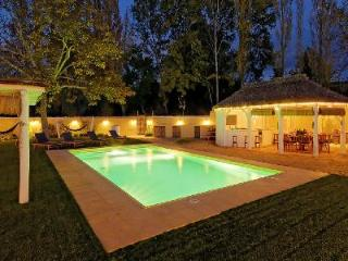 La Huerta El Noque - Spacious villa in an Andalusian valley on 7 acres with private courtyard & pool - Ronda vacation rentals